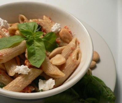 Yummy penne pasta with goat cheese