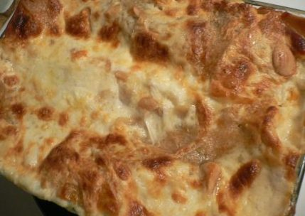 white-lasagna-top-view.jpg